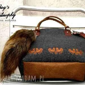 brązowe torebki folk shopper bag w stylu z kitą