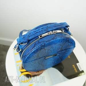 ręczne wykonanie torebki listonoszka w kształcie koła