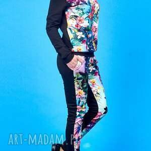 niesztampowe ubrania dres kwiatowy bawełniany w kwiaty czyli bluza z kominem