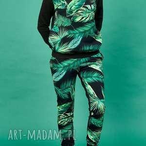wzór tropikalny ubrania dres w tropikalne liście