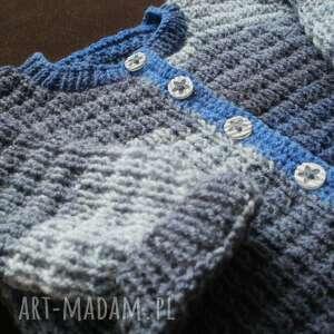 ciekawe sweterek ciepły