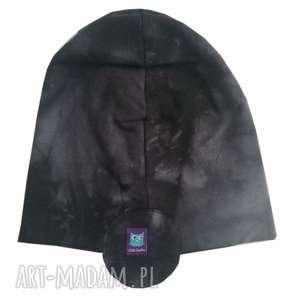czarne czapka pilotka, wzór mazy