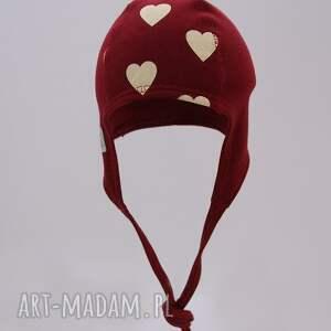 czerwone ubranka prezent czapka pilotka wiązana - bordowa