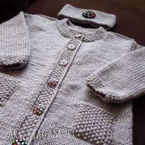 intrygujące rękodzieło długi, gruby, ciepły, rozpinany sweterek