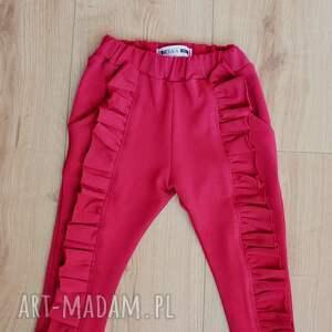 dres ubranka czerwone dla dziewczynki z falbankami