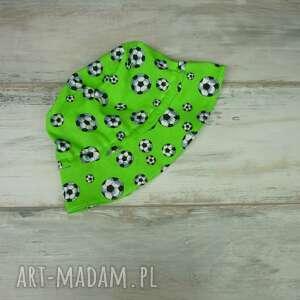 piłka ubranka zielone kapelusz dla dziecka