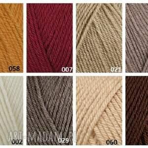 eleganckie sweterek komplet kolorowy pompon