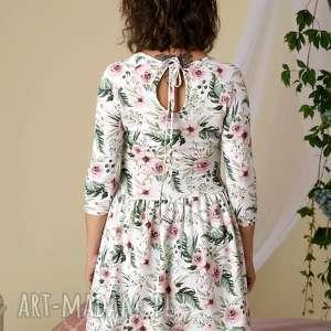 komplet pięknych sukienek dzianinowych