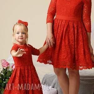 nietypowe koronkowe komplet sukienek julia dla mamy
