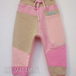 różowe ubranka dresowe-spodnie patch pants spodnie 74 - 98 cm