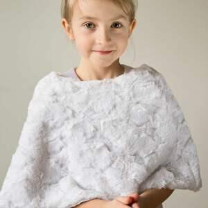 ubranka pelerynka ponczo komunijne dla dziewczynki