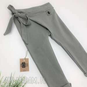 intrygujące ubranka wiązane spodnie dresowe