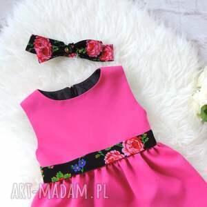 czarne ubranka folkowa różowa sukienka dziecięca