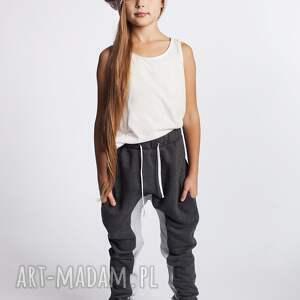 modne ubranka stylowe spodnie dsp06g