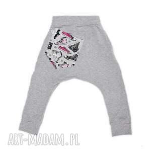 atrakcyjne trampki spodnie różowe