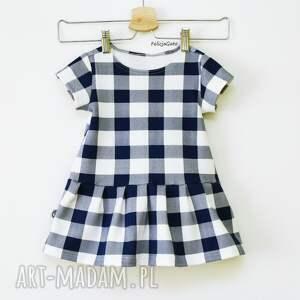 modne ubranka sukienka w kratę