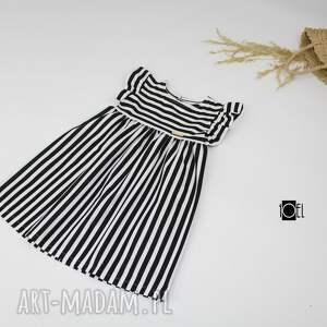 białe ubranka paski biało czarne