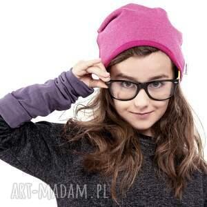 ubranka dresowa wygodna i praktyczna czapka