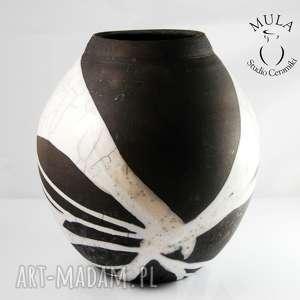 ciekawe wazony ceramika wazon biało czarny raku