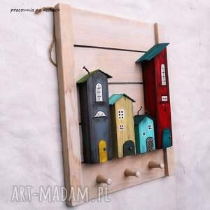 ręczne wykonanie wieszaki kolorowe domki wieszak