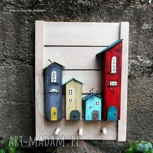 wieszaki drewniane wieszak wykonany z drewna, całkowicie malowany