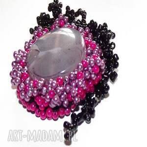 czarne wisiorki wisior agat z haftem koralikowym