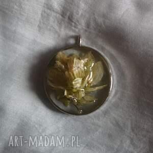 oryginalne wisiorki kwiat-w-żywicy blade wspomnienie - kwietna