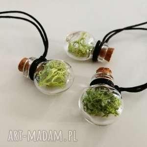 zielone wisiorki buteleczka wisior z mchem