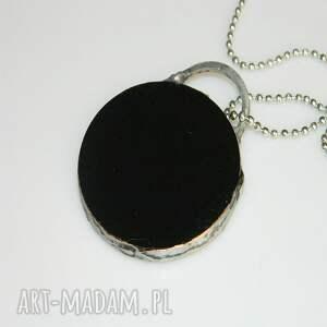 ręczne wykonanie wisiorki wisior czarny szklany
