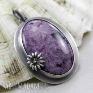 wisiorki czaroit z kwiatkiem - srebrny
