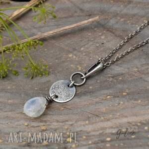 kamień księżycowy wisiorki. surowa srebrna