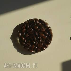 wisiorki kawa na okrągło - wisior z ziaren