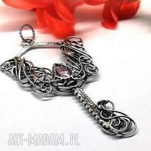 wisiorki srebro kluczyk z różowym kwarcem