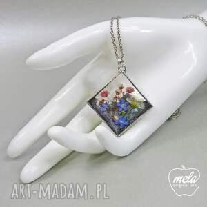 gustowne wisiorki wisiorek 0603~mela~ żywica i kwiaty