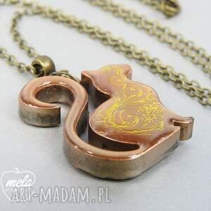 złote wisiorki wisiorek 0391/~mela z żywicy kotek