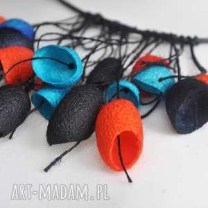wisiorki kolorowy naszyjnik z jedwabnych kokonów