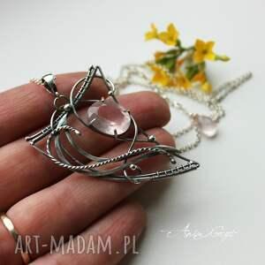 ręcznie wykonane wisiorki srebro pan różowy