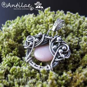 różowe wisiorki wirewrapping quyosh - kamień słoneczny, srebro