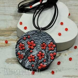wisiorki: Wisior czerwone kwiaty - wisiore wisiorek kwiatki