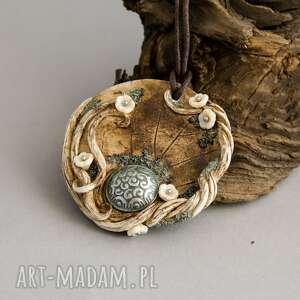 wisiorki na prezent wisior medalion ze stylowym