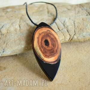 biżuteria na prezent wisiorki wisior oko z żywicy i drewna