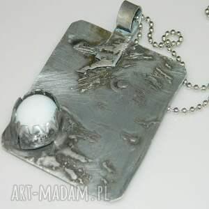 srebrne wisiorki wisior z tytanowej blaszki ze