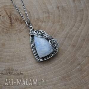 wire wrapping wisiorki wisiorek kamień księżycowy,