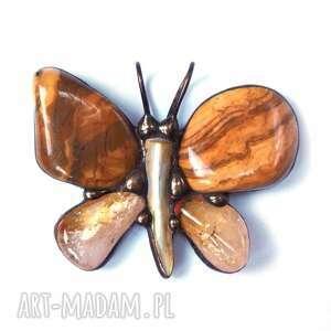 wisiorki motyl wisiorek: w beżowej tonacji