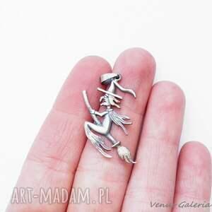 wisiorki srebro wisiorek srebrny - wiedźma mała