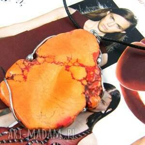wisiorki wisiorek z dużym pomarańczowym