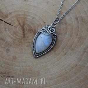 wisiorek wisiorki z kamieniem księżycowym