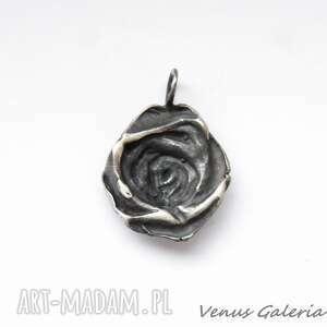wisiorki srebro zawieszka srebrna - oksydowana róża