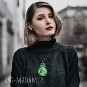 naszyjnik wisiorki zielony wisior soutache z turkusem