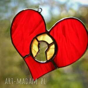 beżowe witraże serce daj klusz serduszko witraż